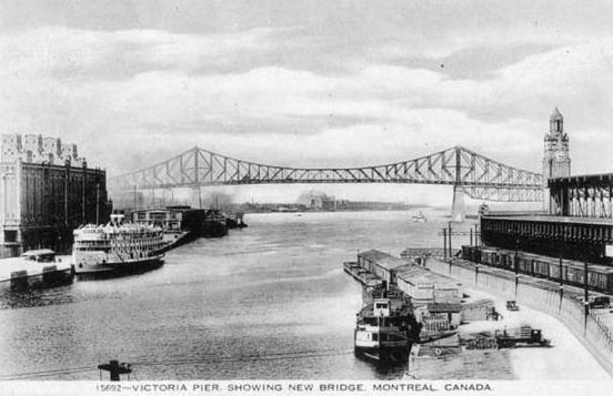 Pont vu du Quai Victoria
