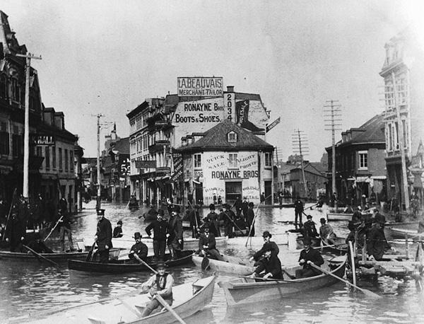 Le Square Chaboillez durant l'inondation de 1888.