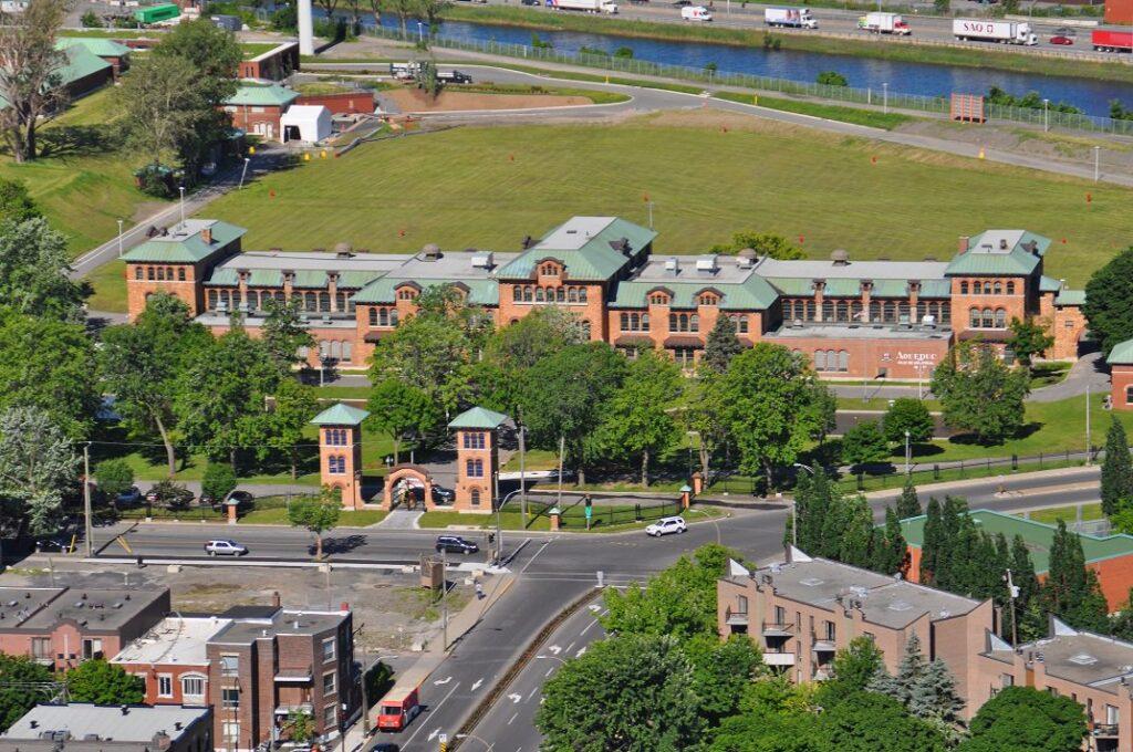 Vue aérienne de l'usine Atwater