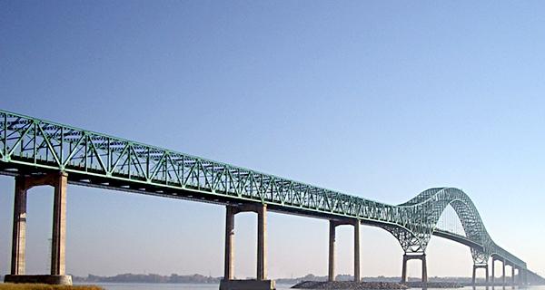 Pont Laviolette, Trois-Rivières. Photo par BruBMédia.com