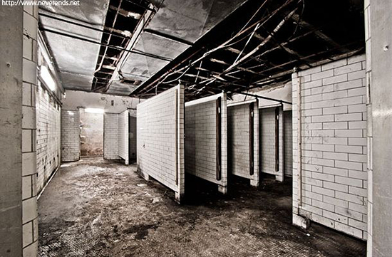 Place d'Armes Photo: Neverends.net