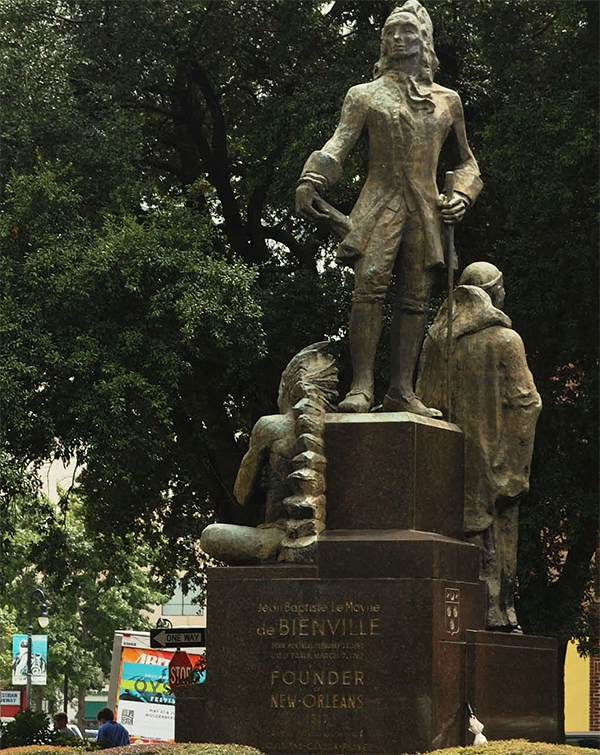 Monument à Jean-Baptiste Le Moyne, Sieur de Bienville.