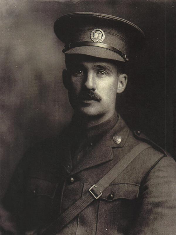 Capitaine Percival Molson