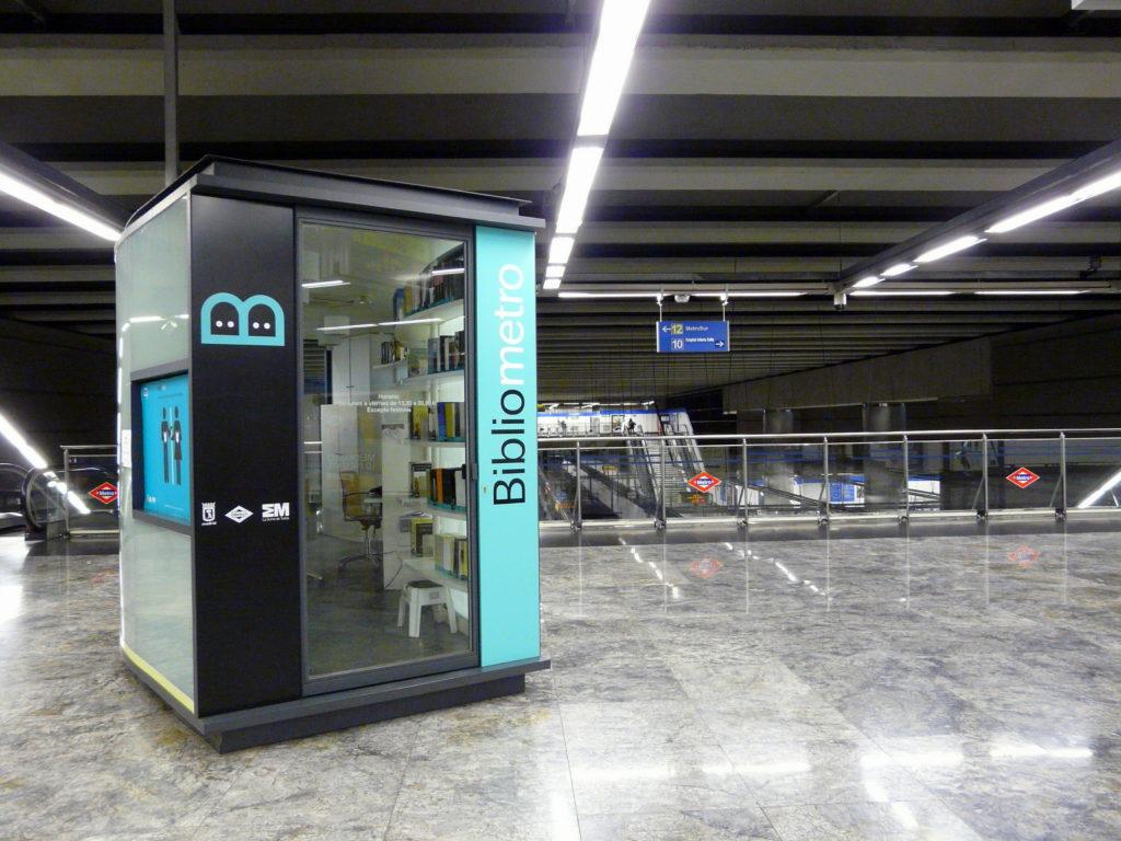 Bibliometro à Madrid, Espagne