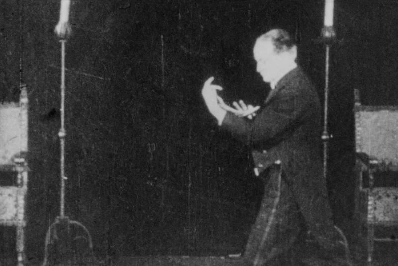 Houdini sur la scène du Princess, 1926