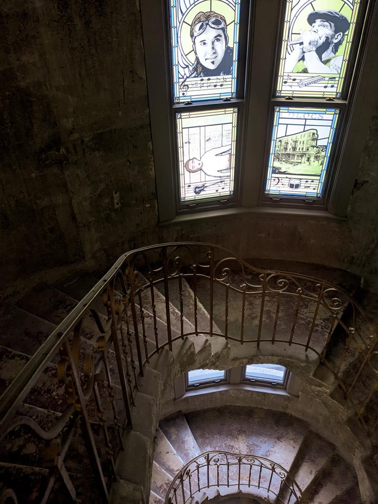 Escalier original de l'Édifice Godin.