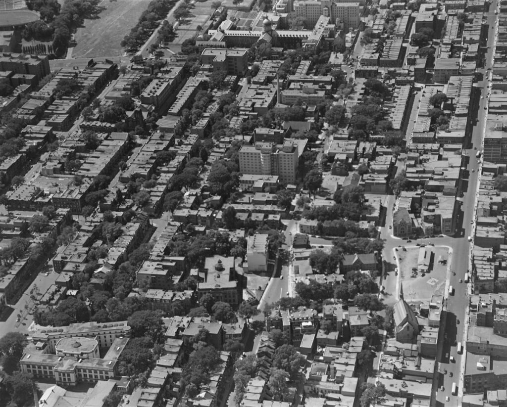 Vue Aérienne du quartier Milton-Parc, 1950